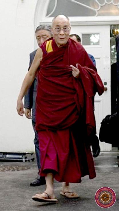 C:\Users\Tu Duc\Pictures\2011-11-14 reflectionA\Dalai Lama\6 lienhebaidich\dlla274.jpg